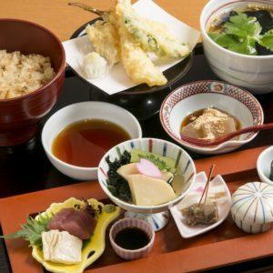 【北浜駅2分】旬食材を使用したこだわりの料理を堪能